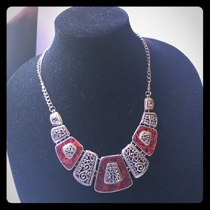 Silver burgundy necklace